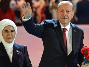 Erdoganék Nem Csak Allahra Hagyatkoznak