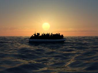 HORIZONT 2020/23: Új Leszbosz Születik? — Migrációs Robbanás A Kanári-szigeteken